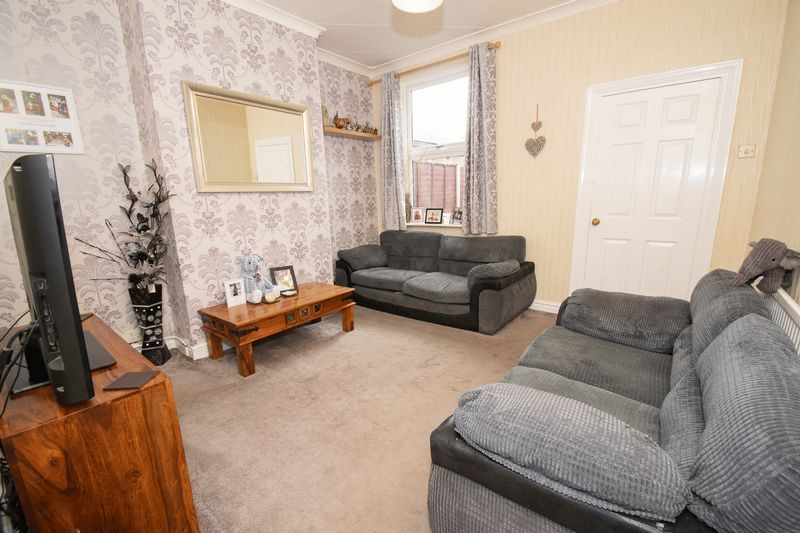 3 bed house for sale in Vicarage Road 2