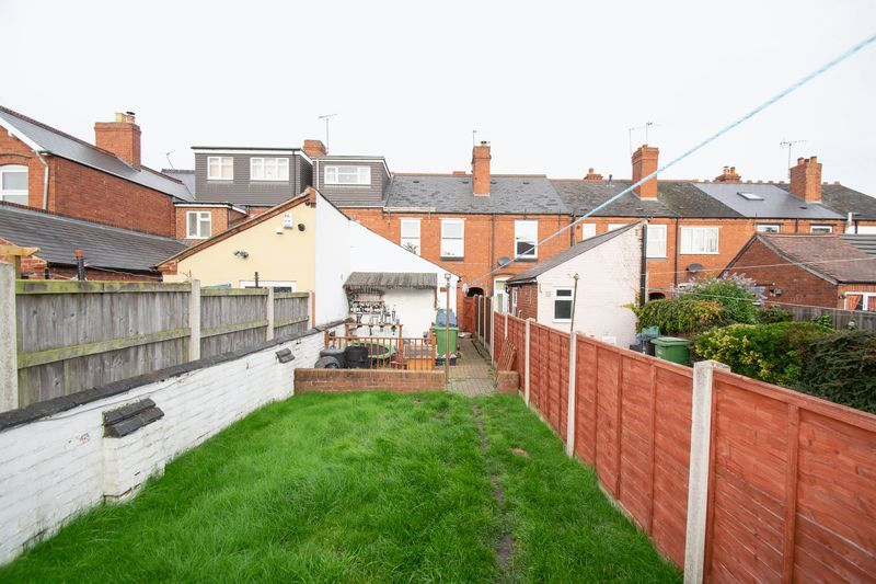 3 bed house for sale in Vicarage Road 12