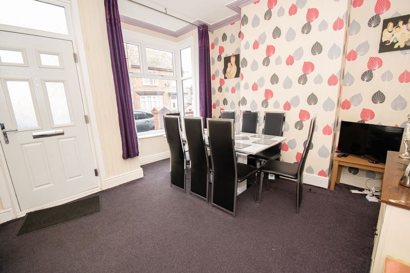 3 bed house for sale in Vicarage Road  - Property Image 5