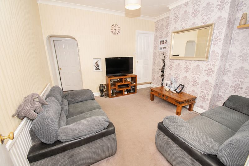 3 bed house for sale in Vicarage Road  - Property Image 6