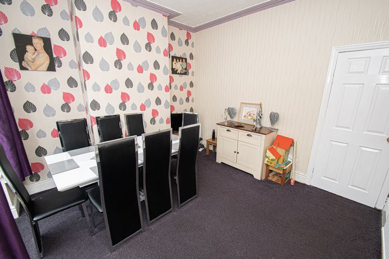 3 bed house for sale in Vicarage Road  - Property Image 7