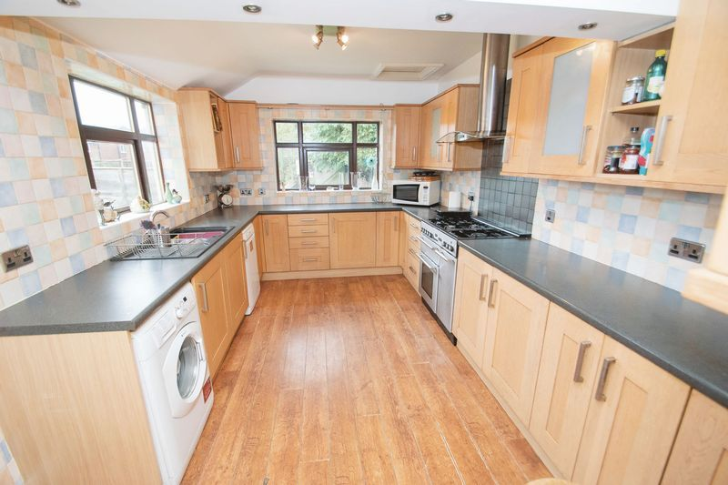 4 bed house for sale in Olive Lane 5