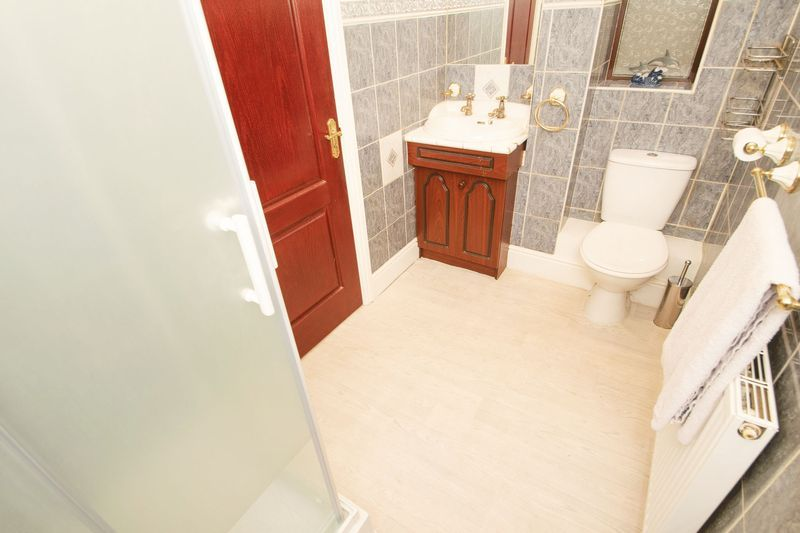 4 bed house for sale in Olive Lane  - Property Image 10