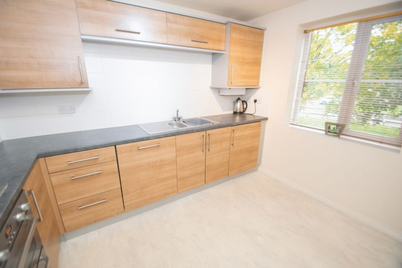 3 bed house for sale in Brett Young Close 3