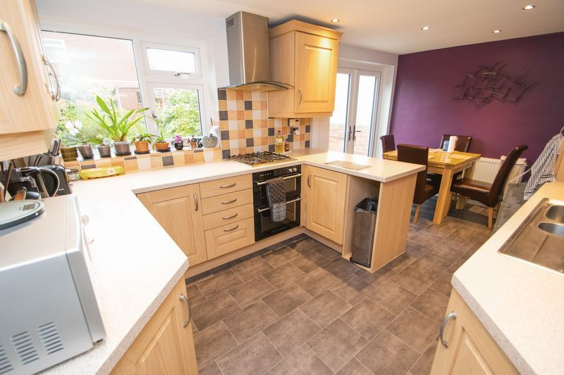 4 bed house for sale in Abberton Close  - Property Image 2