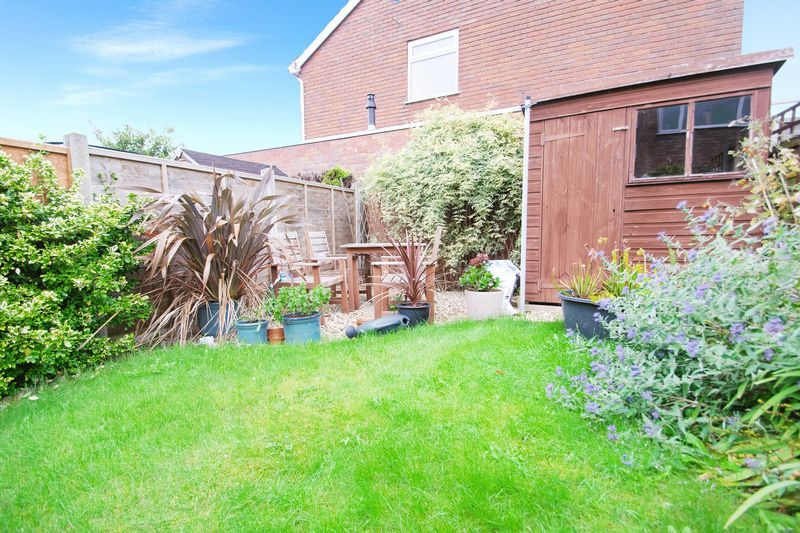 4 bed house for sale in Abberton Close  - Property Image 9