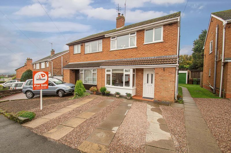 3 bed house for sale in Fox Lane  - Property Image 1