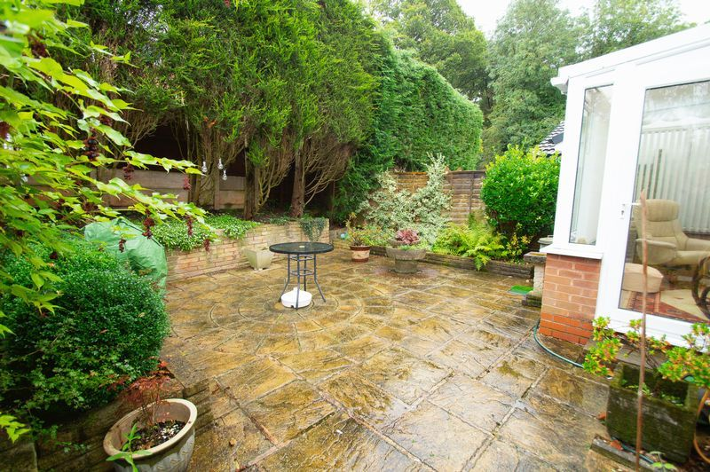 3 bed house for sale in Vicarage Crescent 12