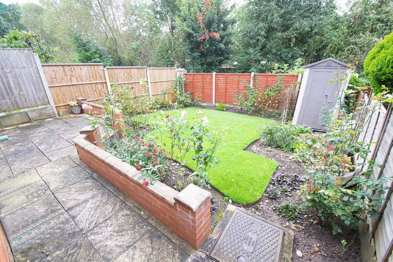 3 bed house for sale in Honeybourne Road  - Property Image 2