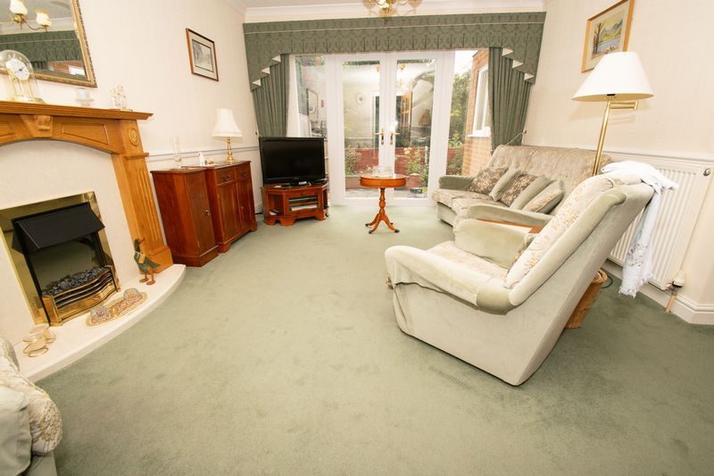 3 bed house for sale in Honeybourne Road 3
