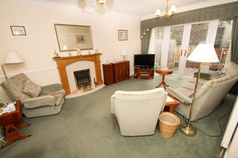 3 bed house for sale in Honeybourne Road  - Property Image 4
