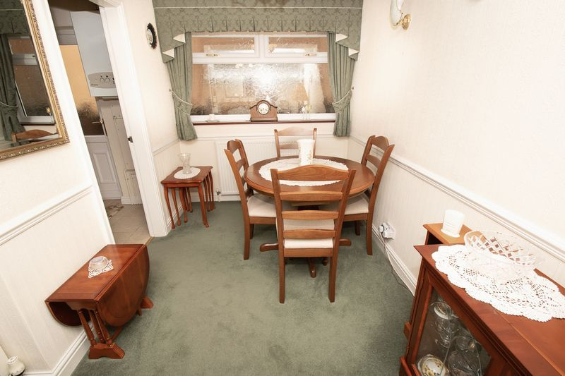 3 bed house for sale in Honeybourne Road 5