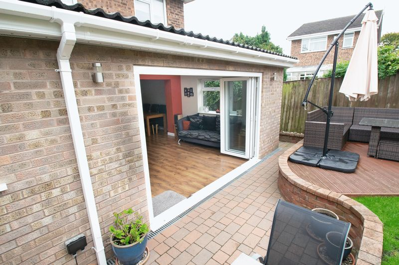 4 bed house for sale in Saxon Drive  - Property Image 17