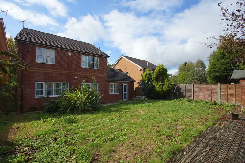 4 bed house for sale in Beckett Close  - Property Image 16