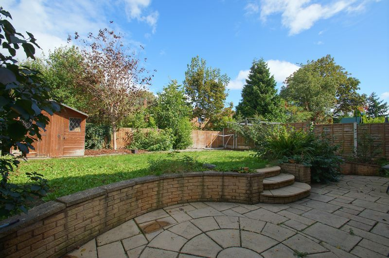 4 bed house for sale in Beckett Close  - Property Image 3