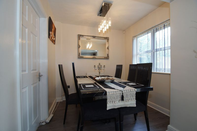 4 bed house for sale in Beckett Close 7