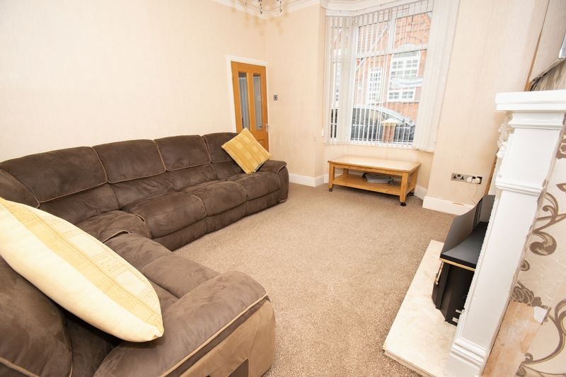 2 bed house for sale in Mace Street  - Property Image 3