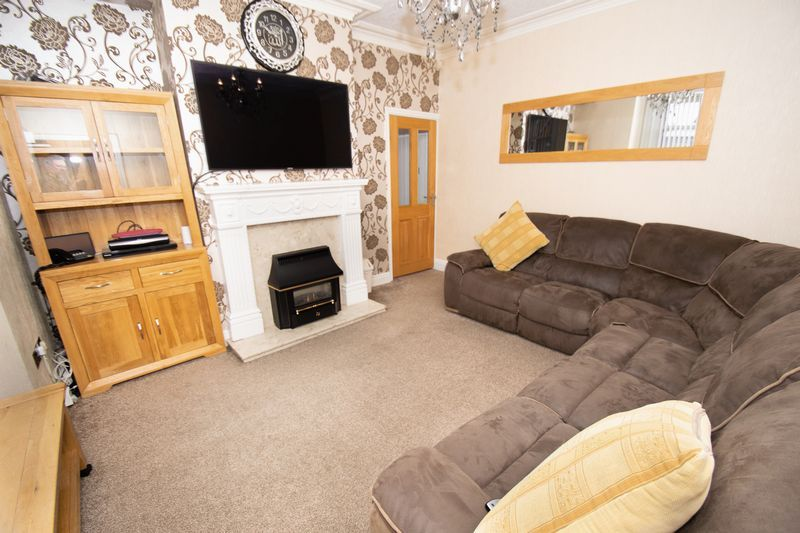2 bed house for sale in Mace Street 5