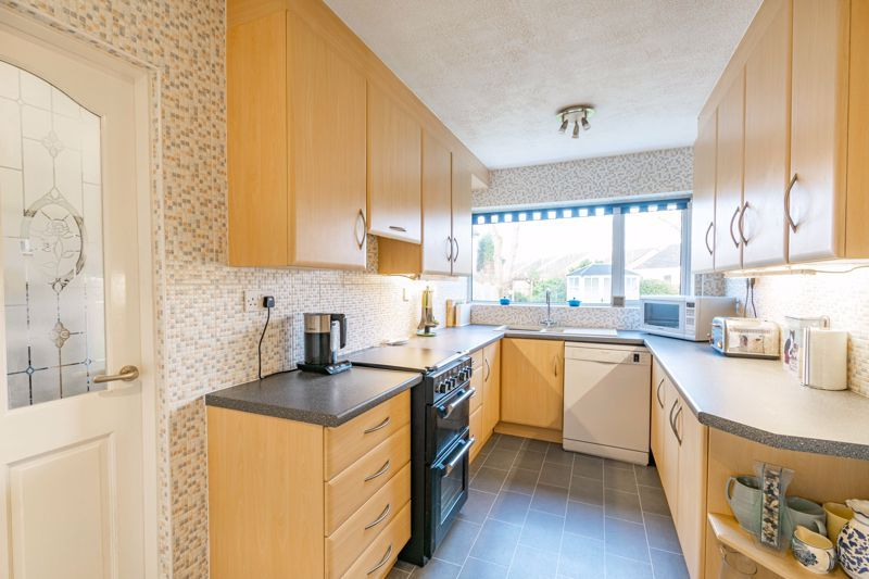 3 bed house for sale in Belbroughton Road  - Property Image 3