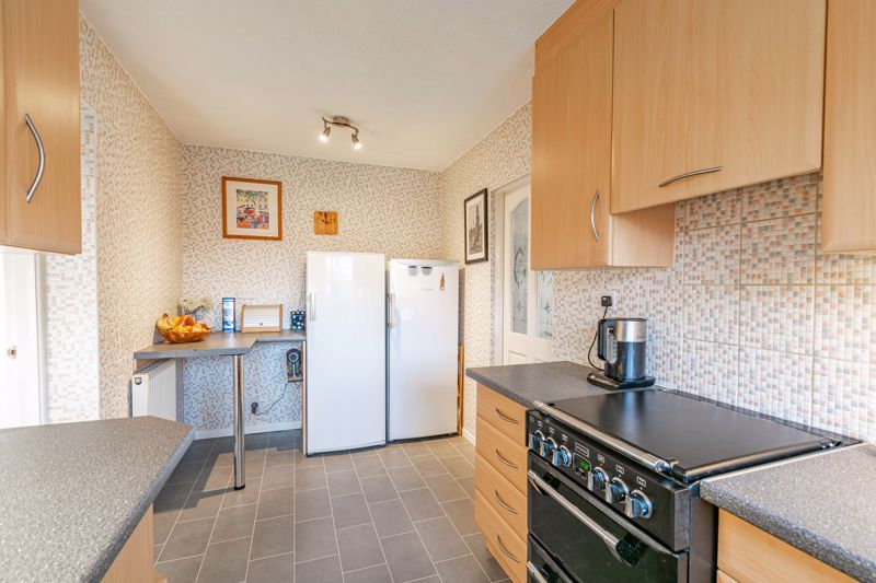 3 bed house for sale in Belbroughton Road  - Property Image 4