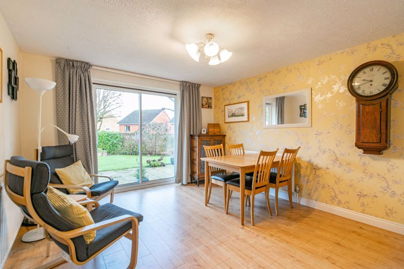 3 bed house for sale in Belbroughton Road  - Property Image 5