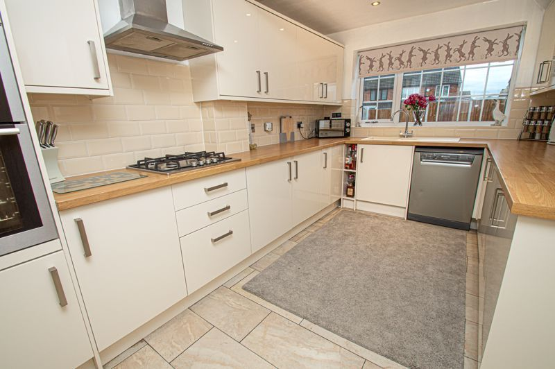 3 bed house for sale in Brierley Hill Road  - Property Image 3