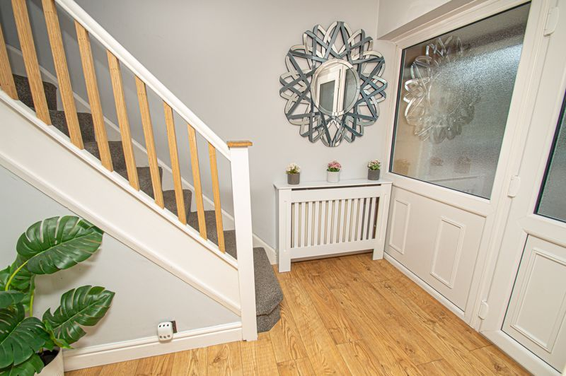 3 bed house for sale in Brierley Hill Road 4