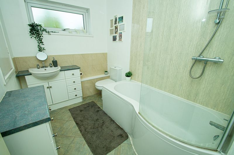 4 bed house for sale in Cottage Lane  - Property Image 18