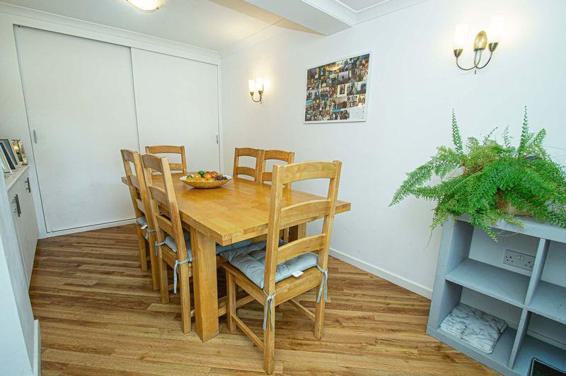 4 bed house for sale in Cottage Lane  - Property Image 3