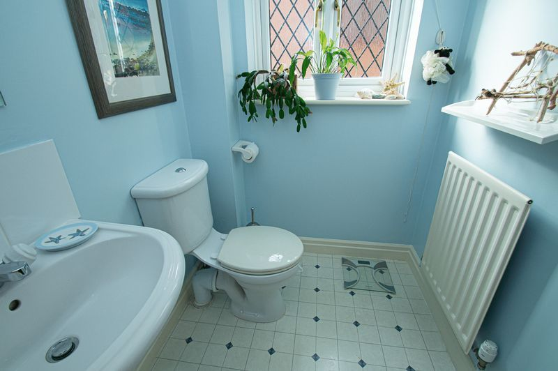 5 bed house for sale in Purshall Close  - Property Image 18