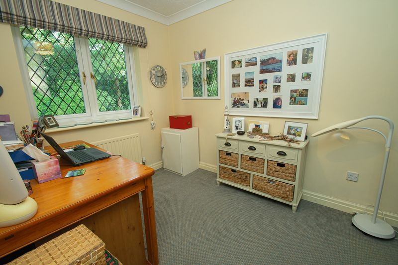 5 bed house for sale in Purshall Close  - Property Image 20