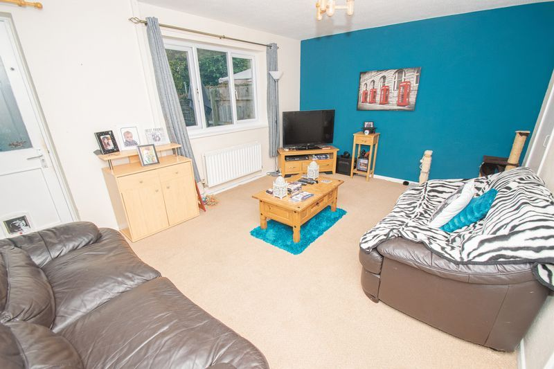 3 bed house for sale in Fordbridge Close  - Property Image 3