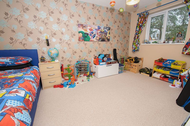 3 bed house for sale in Fordbridge Close 7