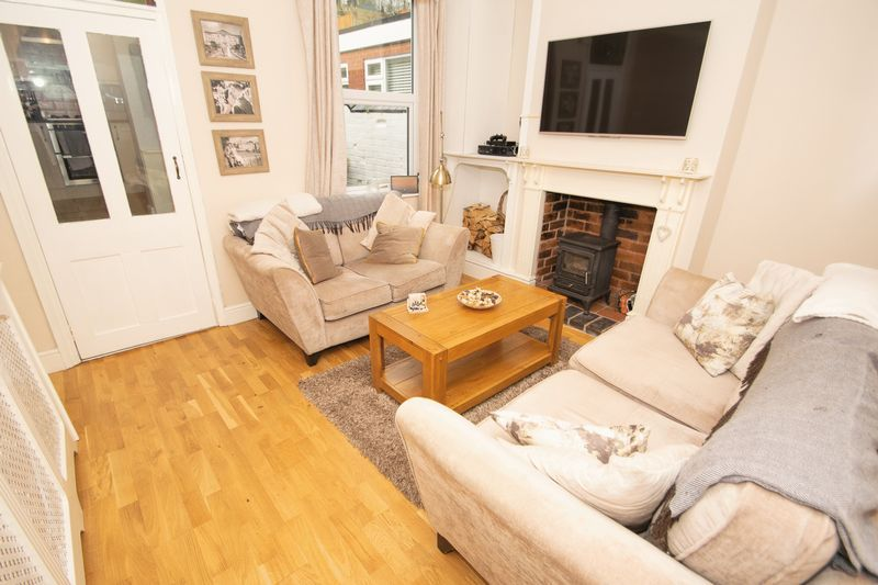 2 bed house for sale in Banners Street 3