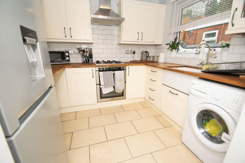 2 bed house for sale in Banners Street 4