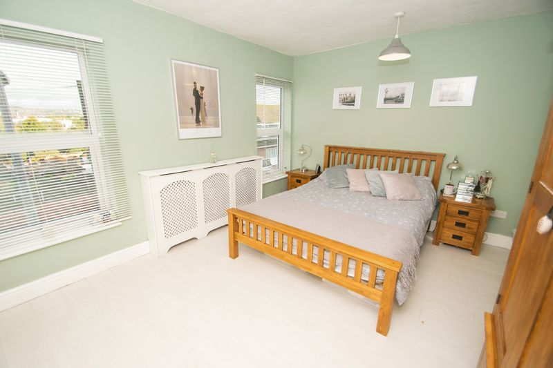 2 bed house for sale in Banners Street 6