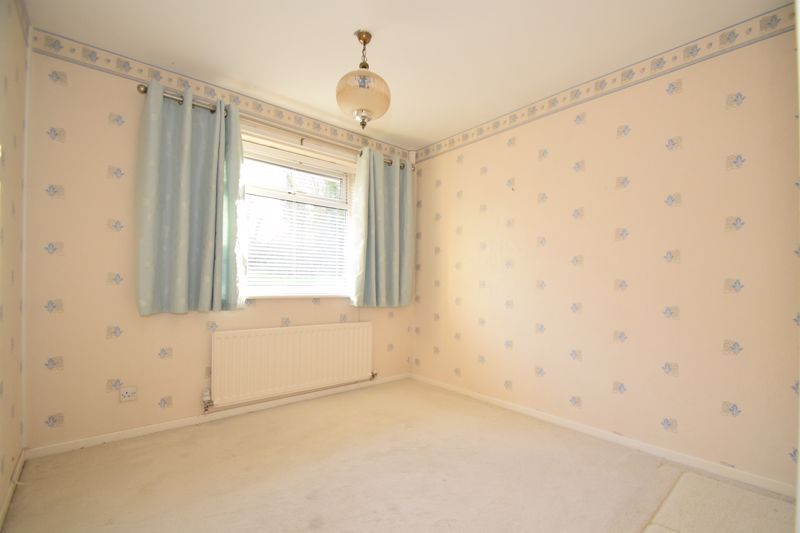 2 bed bungalow for sale in Snowshill Close 5