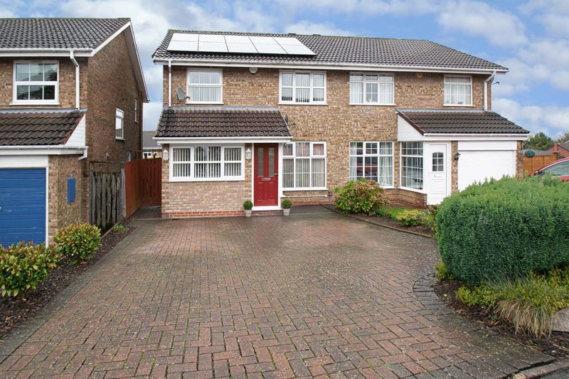 3 bed house for sale in Hambleton Road 1