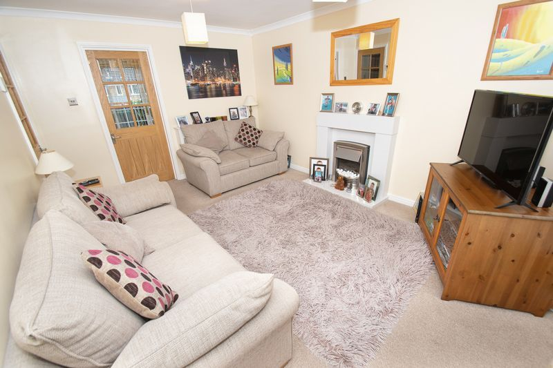 3 bed house for sale in Hambleton Road  - Property Image 5