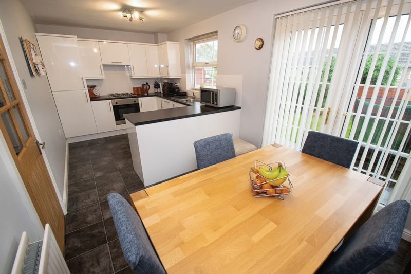 3 bed house for sale in Hambleton Road  - Property Image 10