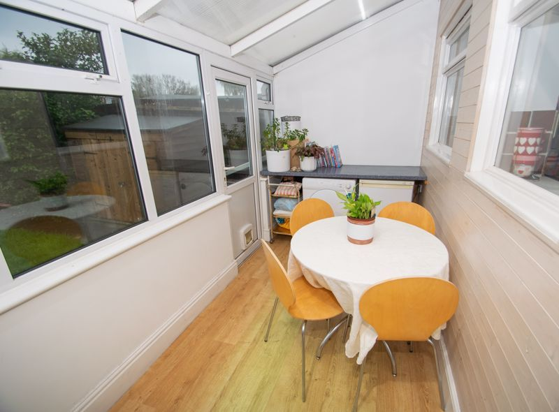 2 bed house for sale in Ridgefield Road  - Property Image 5
