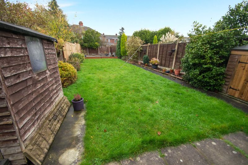 2 bed house for sale in Ridgefield Road 8