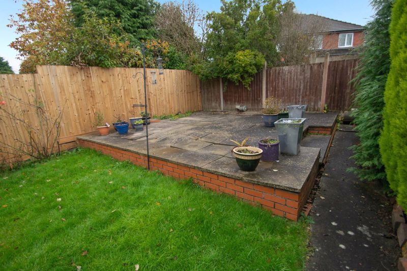 2 bed house for sale in Ridgefield Road 9