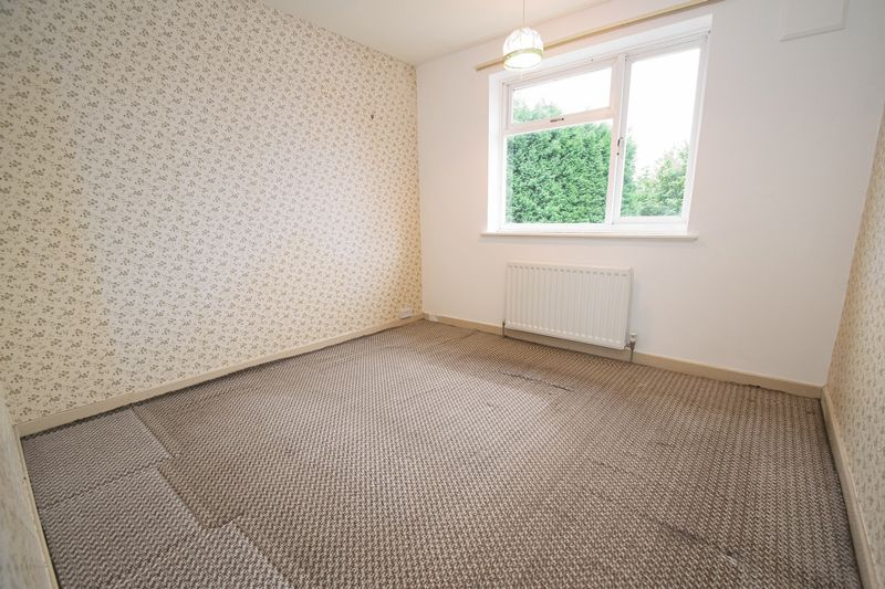 3 bed house for sale in Compton Grove 7