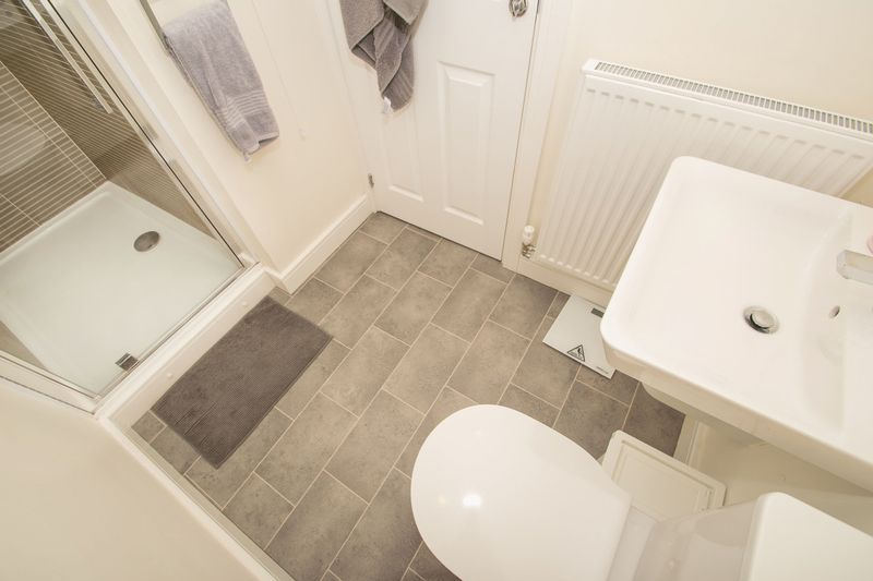 3 bed house for sale in Wedgwood Avenue 11