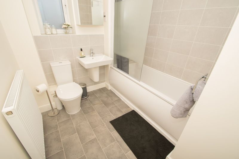3 bed house for sale in Wedgwood Avenue 15
