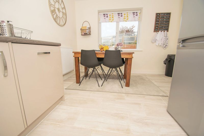3 bed house for sale in Wedgwood Avenue  - Property Image 3