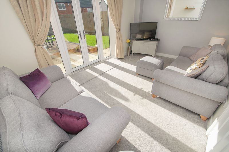3 bed house for sale in Wedgwood Avenue 5
