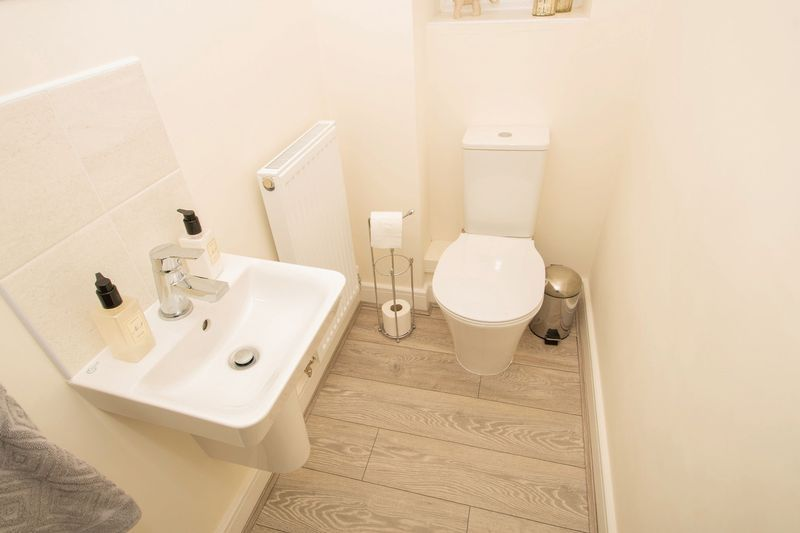 3 bed house for sale in Wedgwood Avenue 7