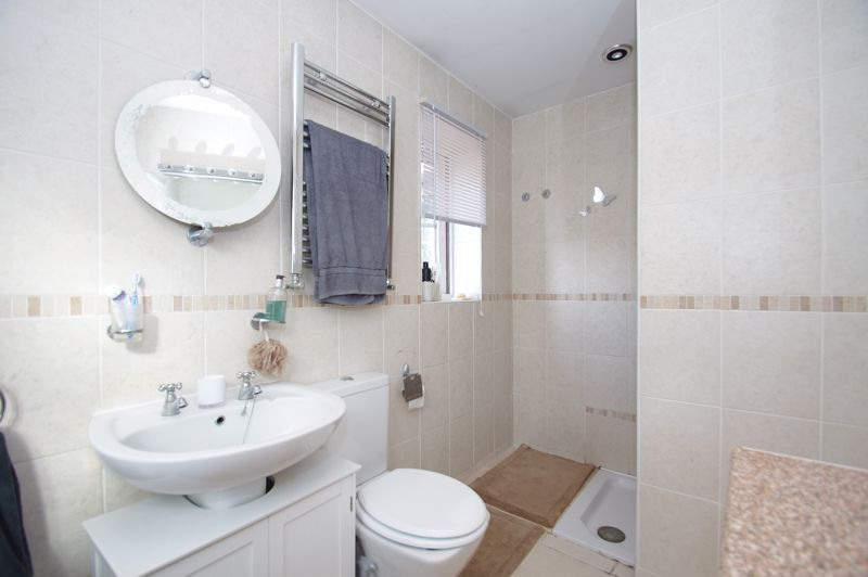 5 bed house for sale in Findon Close  - Property Image 15